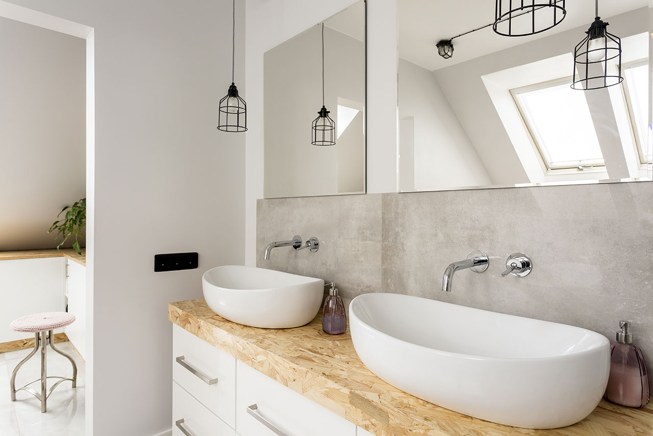https://hampton.co.uk/wp-content/uploads/2019/01/bathroom-taps-and-basins.jpg