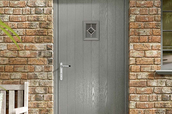 https://hampton.co.uk/wp-content/uploads/2019/12/composite-doors-img-2.jpg