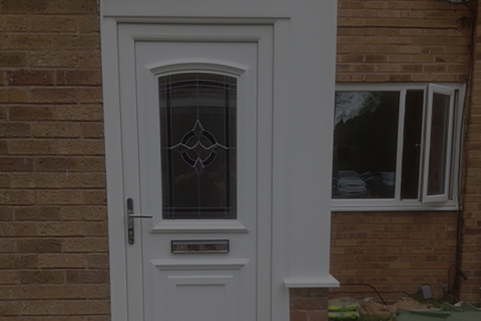 https://hampton.co.uk/wp-content/uploads/2019/12/entrance-doors-img-3.jpg