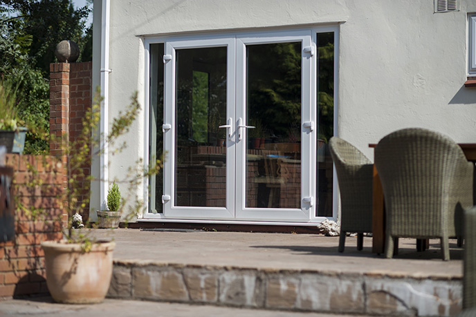https://hampton.co.uk/wp-content/uploads/2019/12/french-doors-img-3.jpg