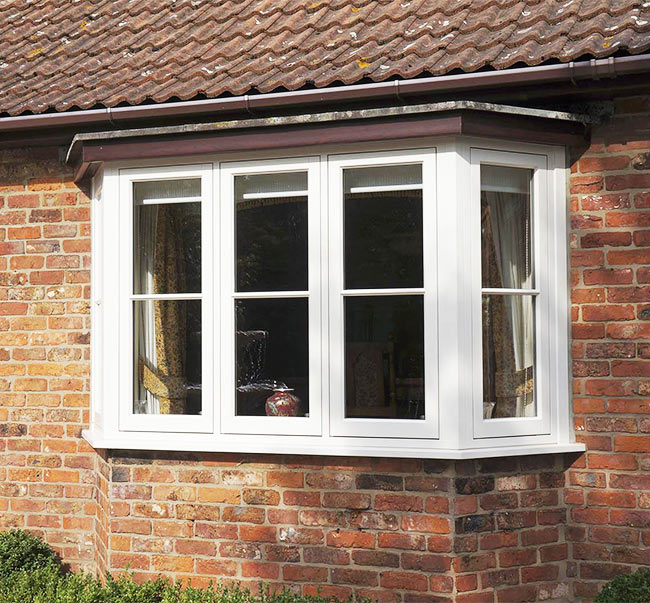 https://hampton.co.uk/wp-content/uploads/2019/12/wooden-windows-img-1.jpg